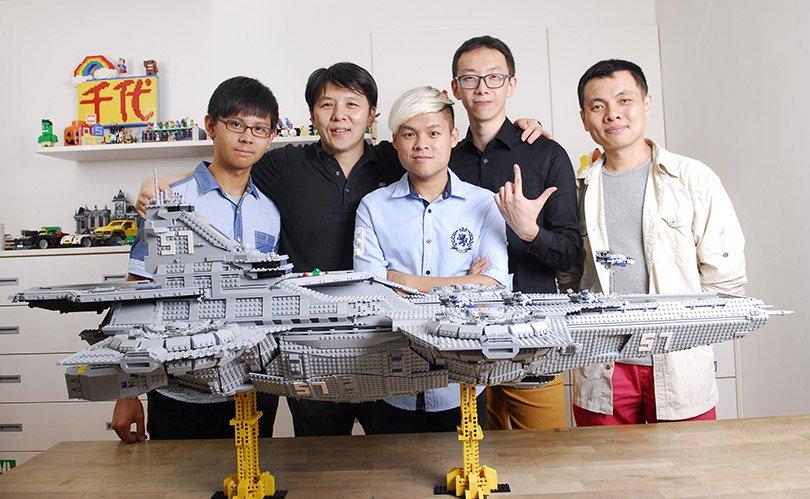 Porta-Avioes-VIngadores-LEGO-1